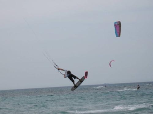 Corso base di kitesurf